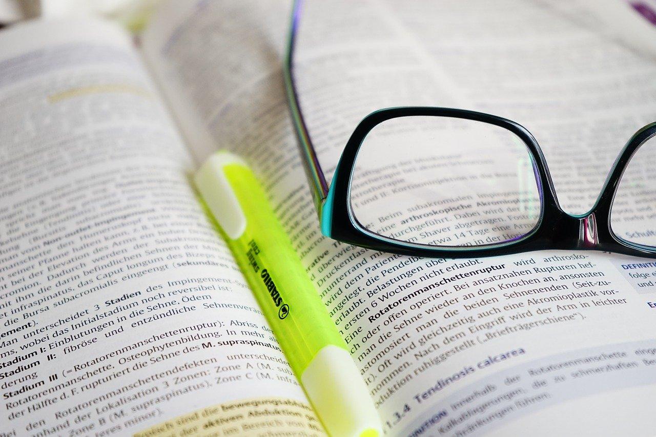 glasses read learn 272399
